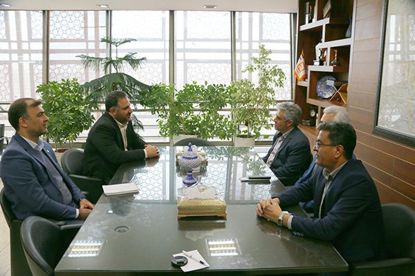 تصویر نتیجه همت کمیته امداد اصفهان و بانک مسکن خدمت بی منت به نیازمندان است