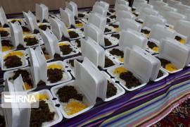 کمیته امداد آذربایجانشرقی ۵۰ هزار پرس غذای گرم توزیع میکند