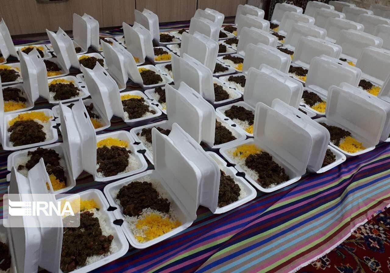 Photo of کمیته امداد آذربایجانشرقی ۵۰ هزار پرس غذای گرم توزیع میکند