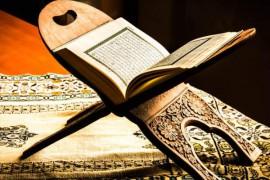 سلامت معنوی اعضای خانواده را با احیای سنت قرائت قرآن حفظ کنیم