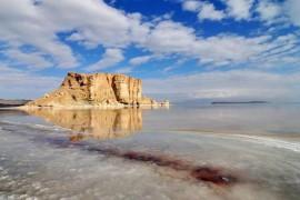 کاهش۰.۶ سانتی متری سطح تراز دریاچه ارومیه