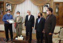 Photo of اعطای مجوز موزه مطبوعات آذربایجان به انجمن صنفی روزنامهنگاران آذربایجان شرقی