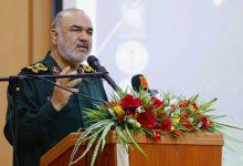 Photo of آمریکا از درون پوسیده است/ مردم عزیز ایران با آرامش زندگی کنند