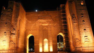 تصویر درخشش دو گوهر گرانبهای تبریز با نورپردازی متناسب با هویت و معماری اصیل ایرانی
