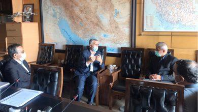 تصویر قدردانی نمایندگان گلستان از اقدامات شرکت معادن شرقی