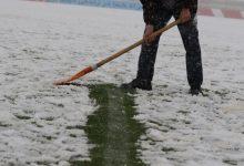 تصویر دیدار تراکتور-سپاهان به خاطر بارش برف لغو شد