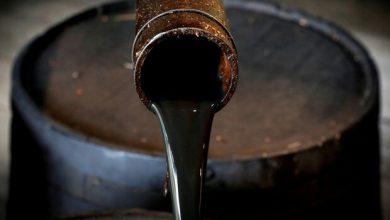 تصویر قیمت نفت خام بیش از ۳ درصد سقوط کرد
