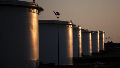 تصویر قیمت نفت خام بیش از یک درصد کاهش یافت