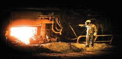 تصویر معاون سرمایهگذاری و امور شرکتهای فولاد مبارکه مطرح کرد؛