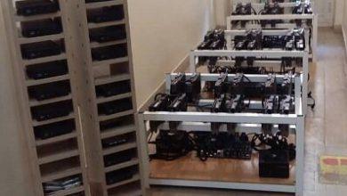 تصویر شناسایی و کشف ۵۸ دستگاه ماینر از واحد صنعتی در غرب تبریز